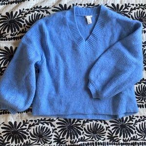 Fuzzy mohair balloon sleeve sweater